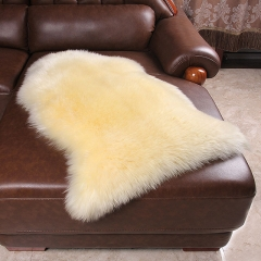 Factory wholesale thick and soft fur sheepskin for rugs